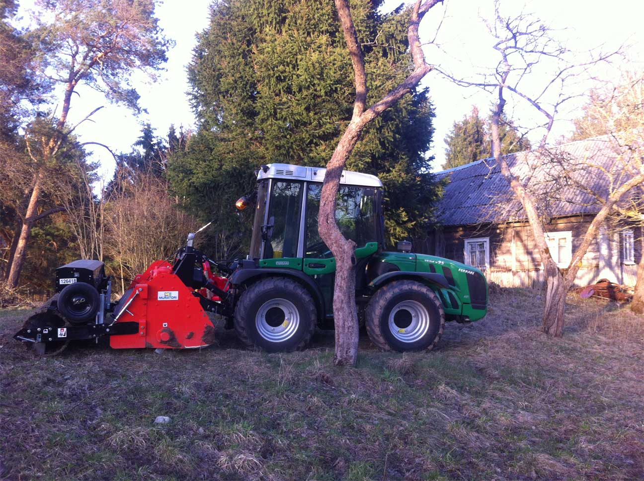 Combined equipment for lawn and meadow installation
